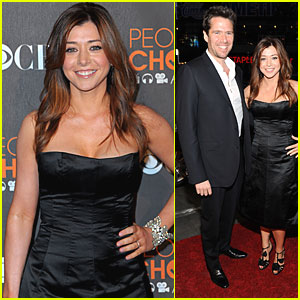 Alyson Hannigan: People's Choice Awards 2010 Red Carpet