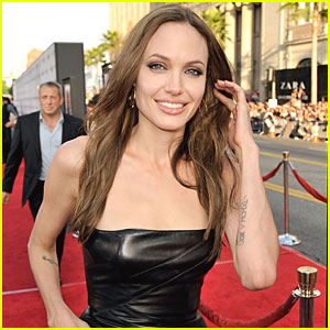 Angelina Jolie: Support SOS Children's Villages!
