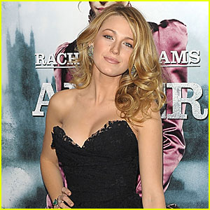 Blake Lively to Star in 'Green Lantern'!