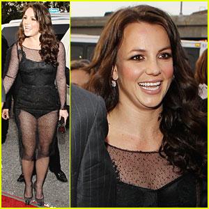 Britney Spears - Grammys 2010 Red Carpet