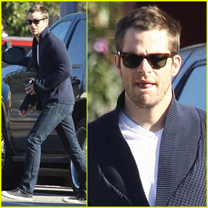 Chris Pine: Morning Coffee Run #7 of the Year