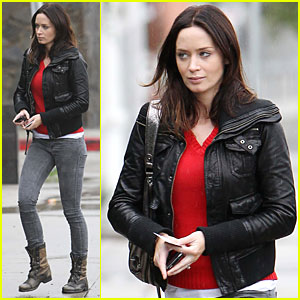 Emily Blunt: I Almost Threw Up Watching 'The Wolfman'!