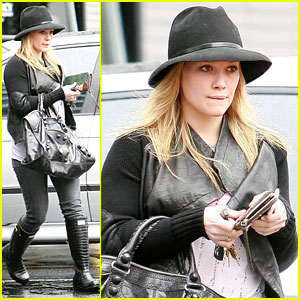 Hilary Duff: Boots in Brentwood!