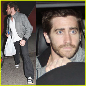 Jake Gyllenhaal: Help Haiti via Red Cross!
