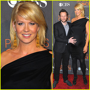 Jenna Elfman: Peoples Choice Awards 2010 Red Carpet