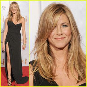 Jennifer Aniston - Golden Globes 2010 Red Carpet