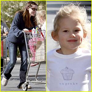 Jennifer Garner: Shopping Cart Silly with Violet Affleck