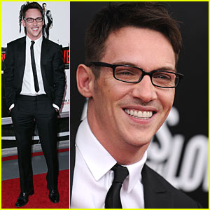 Jonathan Rhys Meyers Premieres 'From Paris With Love'