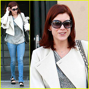 Kate Walsh Looks Skin-tastic