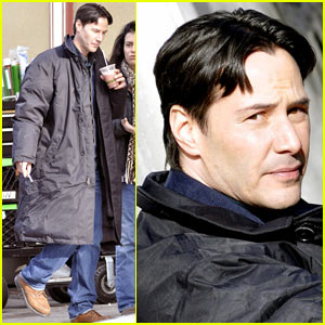Keanu Reeves Smokes Up For 'Henry's Crime'