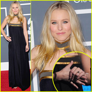 Kristen Bell Engaged Flaunts Ring at Grammys 2010 Grammy Awards