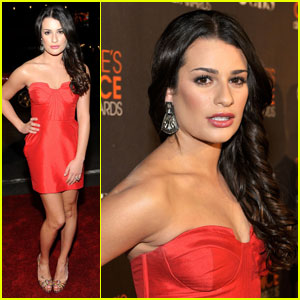 Lea Michele: People's Choice Awards 2010 Red Carpet