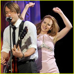 Nicole Kidman & Keith Urban: Simon Baker Sing-Along
