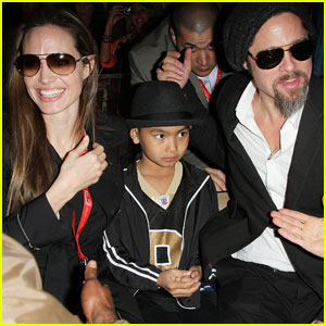 Angelina Jolie & Brad Pitt: Superbowl Sweethearts!
