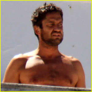 Gerard Butler is Bare In Brazil