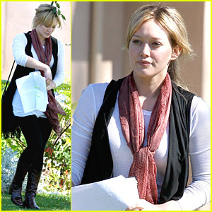 Hilary Duff is Learning Her Lines