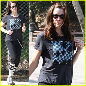 Liv Tyler Works Up A Sweat