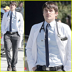 Orlando Bloom: The Doctor Is In!