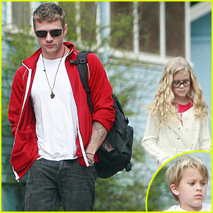 Ryan Phillippe Quits Abbie Cornish, Says Rep