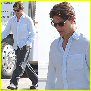 Tom Cruise is a Malibu Man