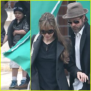 Angelina Jolie & Brad Pitt Visit Johnny Depp