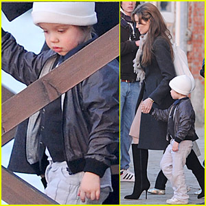 Angelina Jolie: Shiloh Bonding Time!