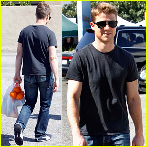 Ben McKenzie's Summer Travels: Japan or Turkey!