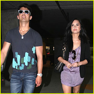 Joe Jonas & Demi Lovato: Sunday Date!