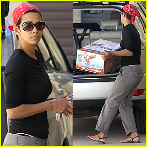 Halle Berry Makes a Tricycle Stop