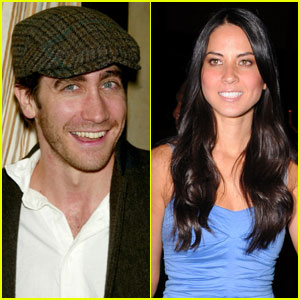 Jake Gyllenhaal & Olivia Munn Couple Up?