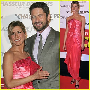 Jennifer Aniston Adds Color on the Red Carpet!