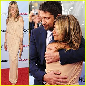 Jennifer Aniston & Gerard Butler Pucker Up