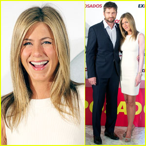 Jennifer Aniston: On The Hunt In Madrid