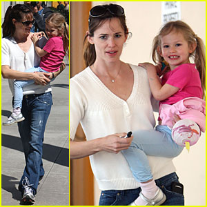 Violet Affleck Photos News And Videos Just Jared Page 61