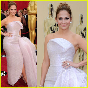 Jennifer Lopez -- Oscars 2010 Red Carpet