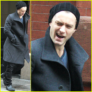Jude Law: Funny Faces in Freezing NY