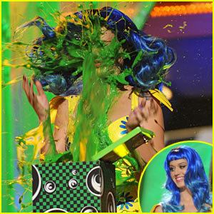 Katy Perry: Slimed at KCAs (VIDEO)