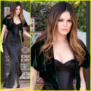 Rachel Bilson: Oscar Party Princess!