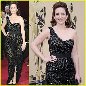Tina Fey -- Oscars 2010 Red Carpet