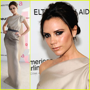 Victoria Beckham Parties With Elton John