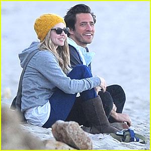 Amanda Seyfried: Malibu with Ex-BF!