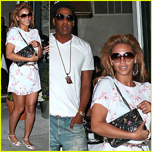 Beyonce & Jay-Z: Wallse in the West Village!