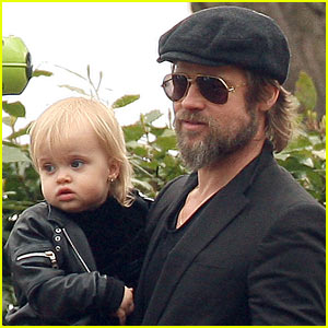 Brad Pitt: Park Playground with the Kids -- And Parents!