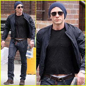 Daniel Craig: 2Xist Underwear Model