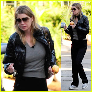 Ellen Pompeo: An Apple a Day Keeps the Doctor