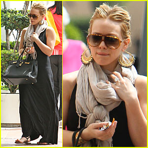 Hilary Duff: Neiman Marcus Shoe Shopping