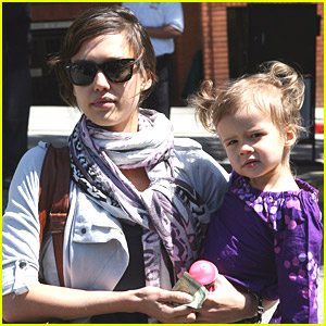 Jessica Alba & Honor Warren Love Lunch
