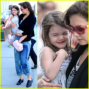 Katie Holmes: Chelsea Piers Playdate with Suri Cruise!