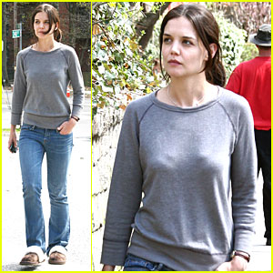Katie Holmes Shoots 'Son of No One' in NYC!
