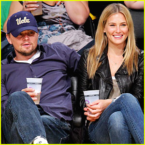 Bar Refaeli: Lakers Game with Leonardo!
